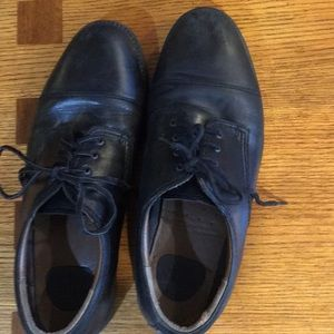 Dockers men's black lace shoes.